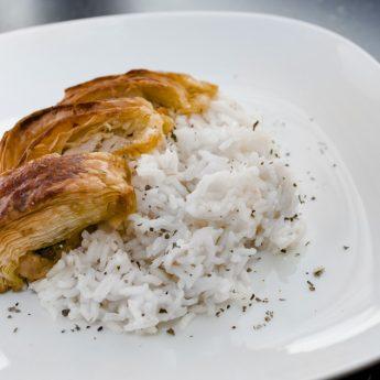 Pestos csirkemell leveles tésztában